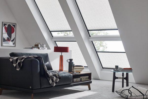 Dachfensterlösung in einem Wohnzimmer
