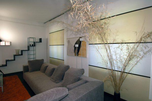 Flächenvorhänge in einem Wohnzimmer